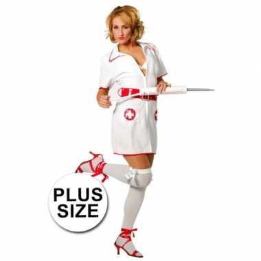Big size verpleegster kostuumje