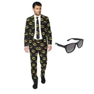Heren kostuum met batman print maat 52 (xl) met gratis zonnebri