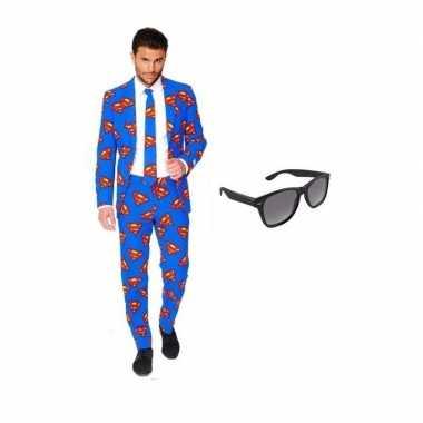 Heren kostuum met superman print maat 50 (l) met gratis zonnebri