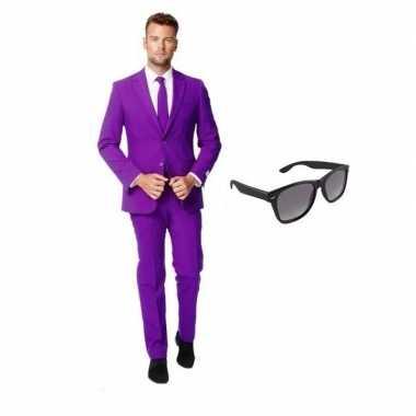 Paars heren kostuum maat 52 (xl) met gratis zonnebril
